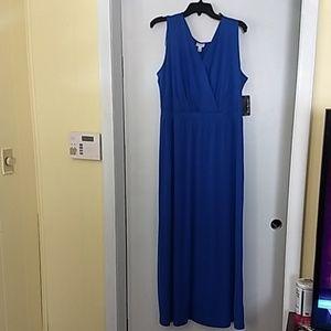 Wonderful covolt blue maxi
